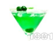 Коктейл Зелено Мартини (Green Martini)